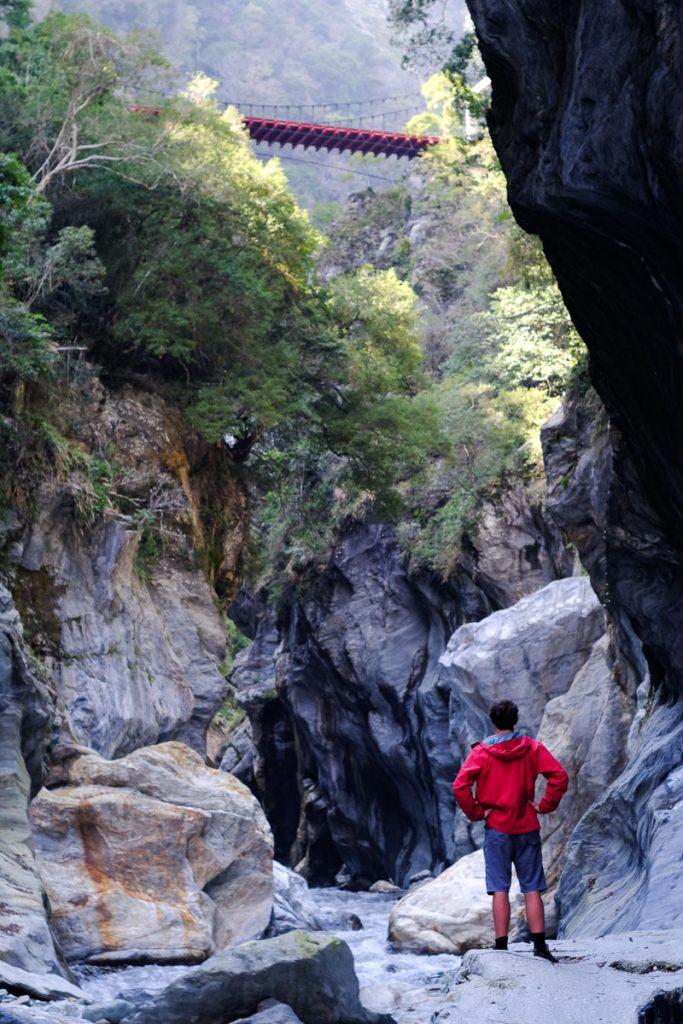 Exploring taroko gorge with Imagine Taiwan.